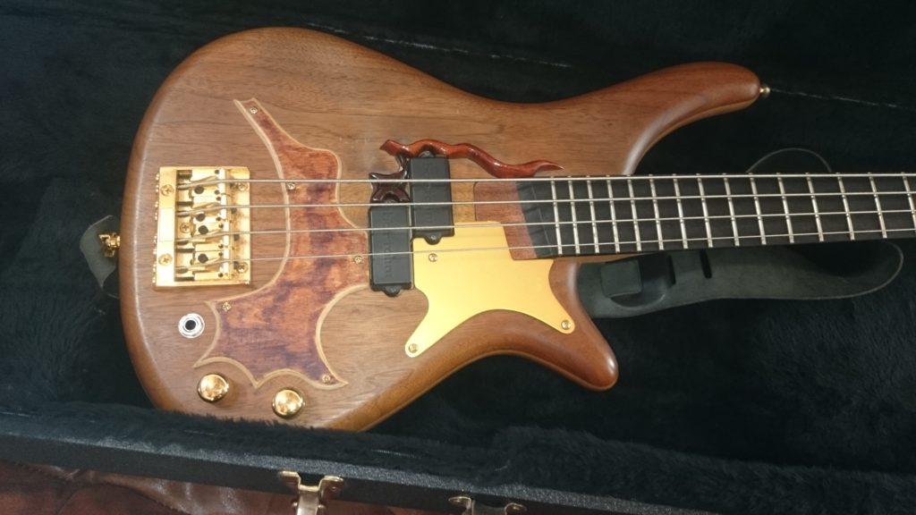 4b Nussbaum E-Bass